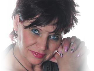 Voir le liveshow de  ScarletMature de Xlovecam - 52 ans - I'm a 52 years old woman. I love BDSM.