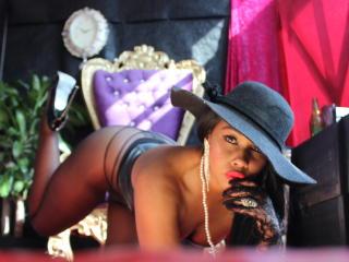 Voir le liveshow de  DeLuxePrincess de Xlovecam - 25 ans - I am a passionate lady,