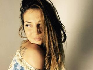 Voir le liveshow de  LaReinex de Xlovecam - 20 ans - I am hot and sexy