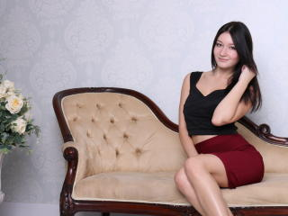 SweetheartMilana sexy cam girl