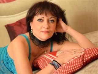 Voir le liveshow de  CindyCreamy de Xlovecam - 55 ans - I am hot and sexy