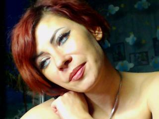 Voir le liveshow de  JuliaIce de Xlovecam - 33 ans - I can be nasty when u want me. Try to set me on fire and you will be there with me!