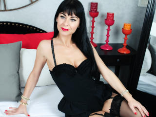 Voir le liveshow de  BellyDancerHot de Xlovecam - 39 ans - I am a lovely woman. So i expect beeing treated well and with respect. And you will have th ...