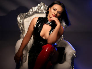 Voir le liveshow de  EroticSub de Xlovecam - 33 ans - Gorgeous brunette subby ready to satisfy ur fetishes,open minded ,preapared for obedience!i am i ...