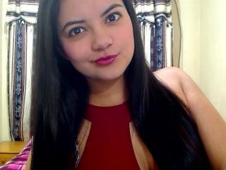 Voir le liveshow de  AphroditeGirl de Xlovecam - 21 ans - Sexy and cute latin gilr who will give you full pleasure