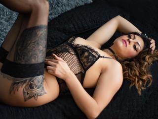 Voir le liveshow de  YuanLovers de Xlovecam - 30 ans - I consider myself a horny girl anxious to experience a good sex